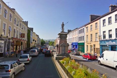 Популярный у туристов ирландский город Трали (Tralee) оказался на грани экологического бедствия — питьевая вода из старых свинцовых труб содержит количество свинца, превышающее норму в 15 раз.