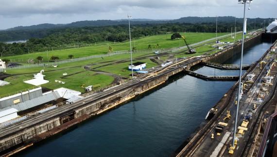 Туристов допустят к новым шлюзам Панамского канала перед их затоплением