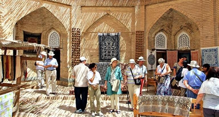 С начала 2017 года Узбекистан выдал более 50000 въездных виз