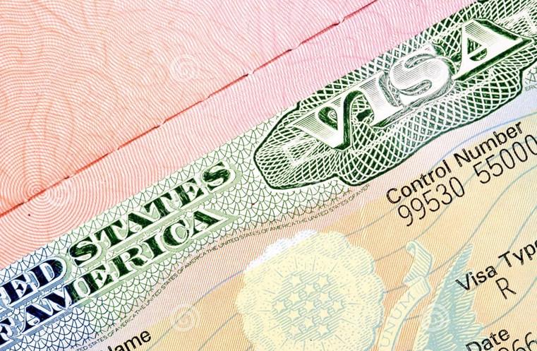 Из-за Трампа США стали выдавать меньше виз