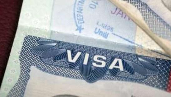 Страны ЕС не будут вводить визы для США и Канады