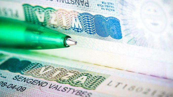 Шенгенская виза: куда россиянам сложнее получить визу