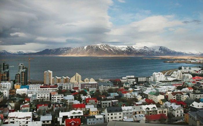 Исландия обещает предоставить Украине безвизовый режим