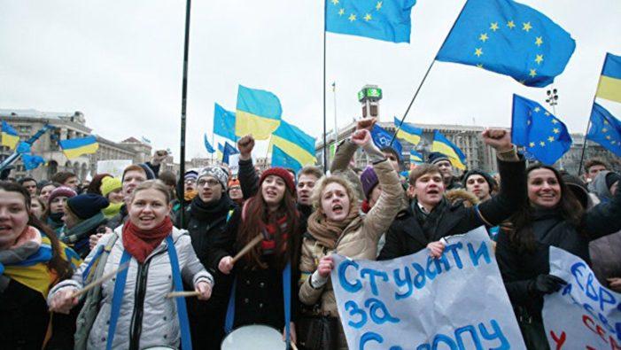 Евросоюз ждет от Киева в обмен на безвизовый режим определенных действий