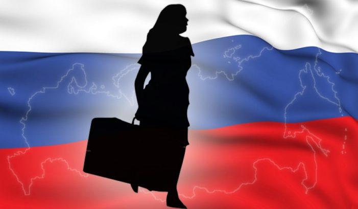 Подавляющее большинство россиян не собираются мигрировать из России