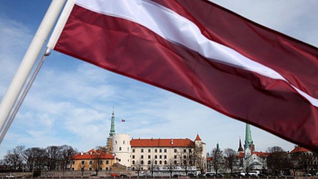 Новые правила продления ВНЖ в Латвии