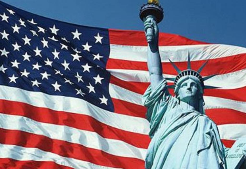 США ограничило количество виз, выданных российским гражданам