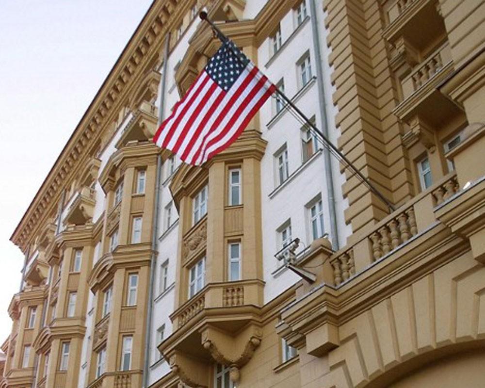 Власти США начали вновь давать визы россиянам, но не всем