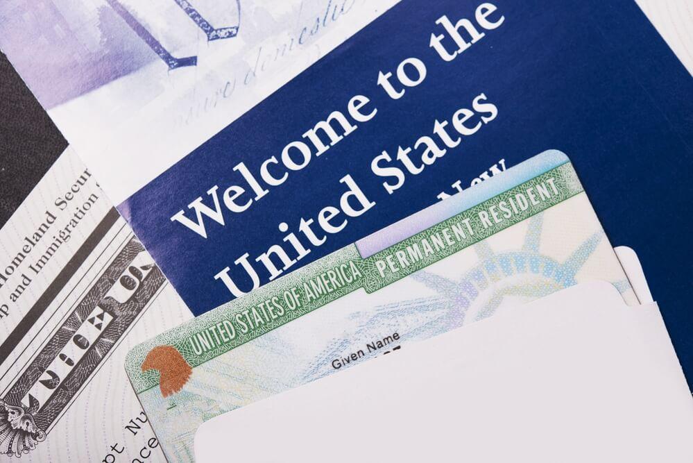 Государственный Департамент США не собирается отменять визовые лотереи