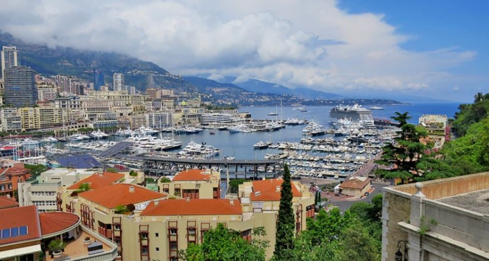 Монако признан лучшим деловым центром туризма