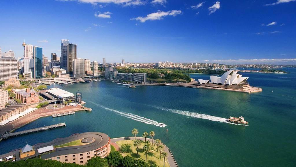 Австралия названа наиболее безопасной для женщин страной мира