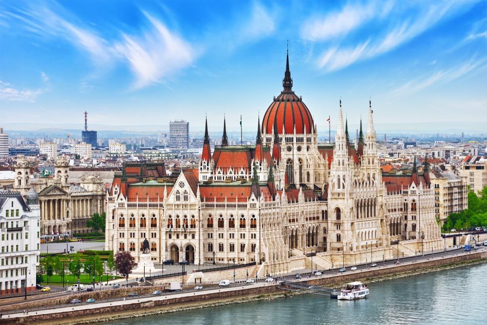 Переезд в Венгрию и получение ВНЖ