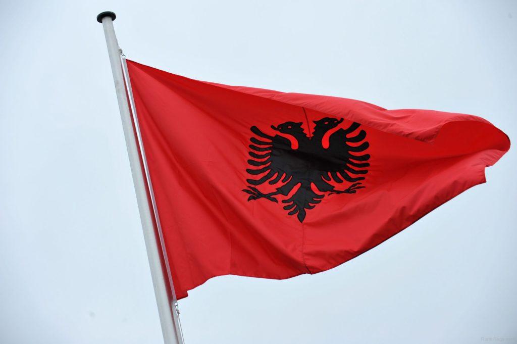 Жители России с 1-ого апреля могут въехать в Албанию без визы