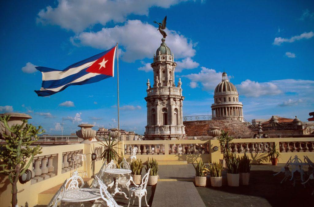 Жители России могут въезжать на Кубу без визы