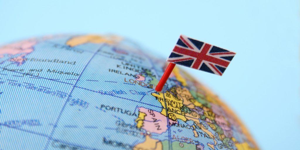 Санкт-Петербург продолжает выдавать британские визы