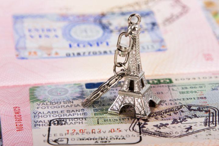 Франция стала строже оценивать языковые тесты на визу