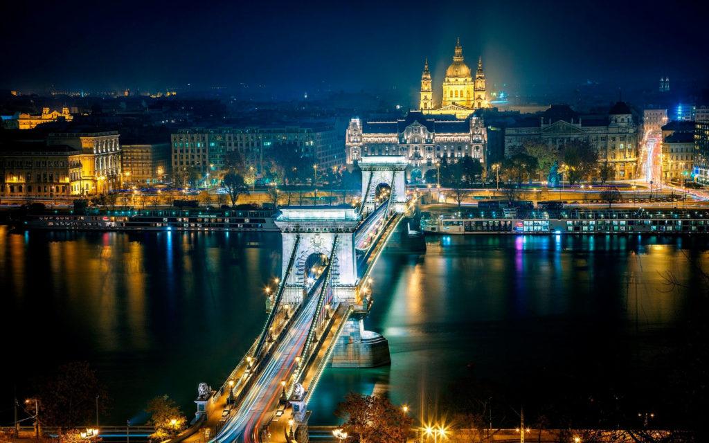 Как открыть персональное окно в Европу из Венгрии?