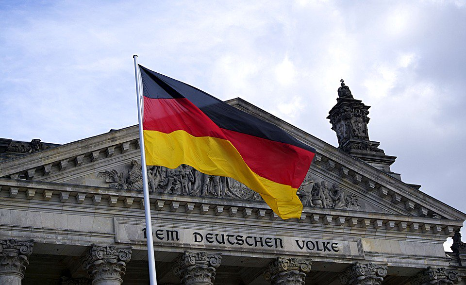 Переезд в Германию: гражданство за инвестиции