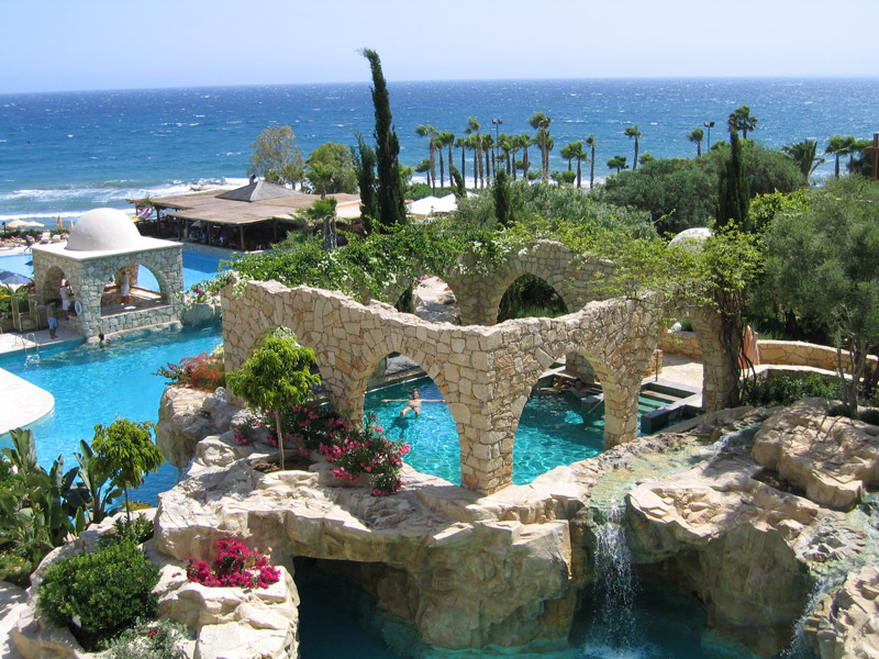 Как переехать жить на Кипр? Подробная инструкция для россиян