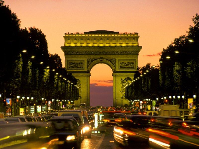 Заявки на визы во Францию будут рассматривать дольше