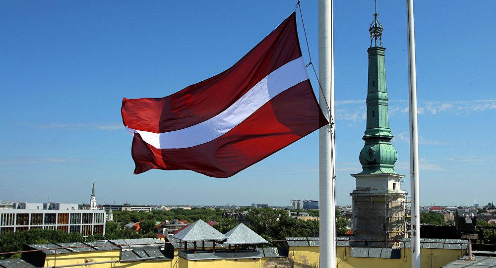 Почему из Латвии уходят российские деньги?