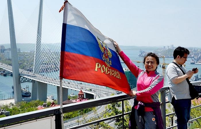 Иностранным туристам будет проще попасть в Россию