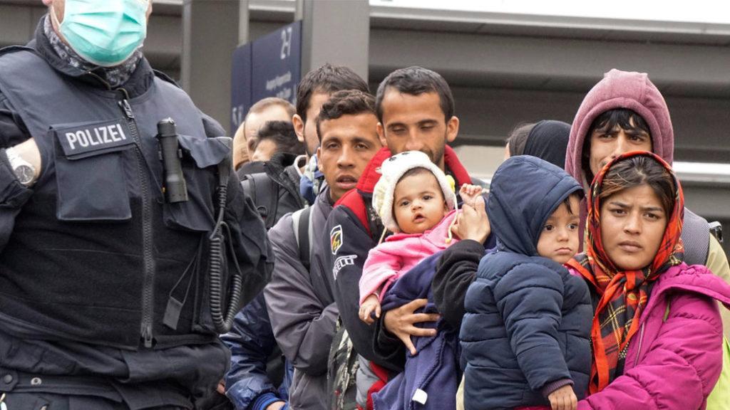 Мигранты в Германии избегают депортации