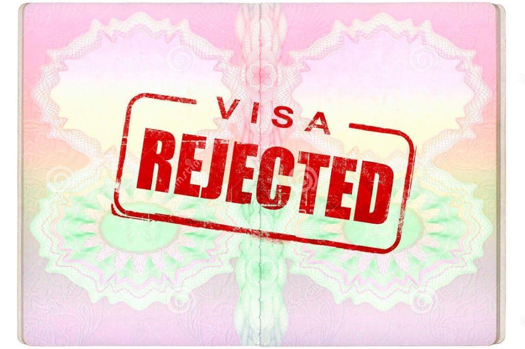 Как туристу избежать отказа в выдаче визы?