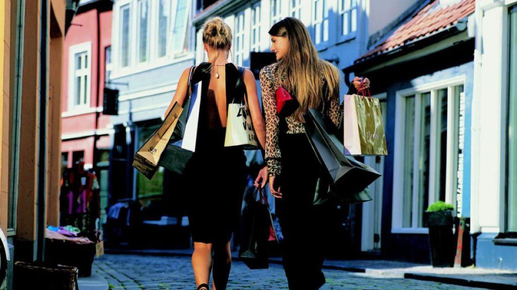 На радость шопоголику: все о распродажах в Европе!