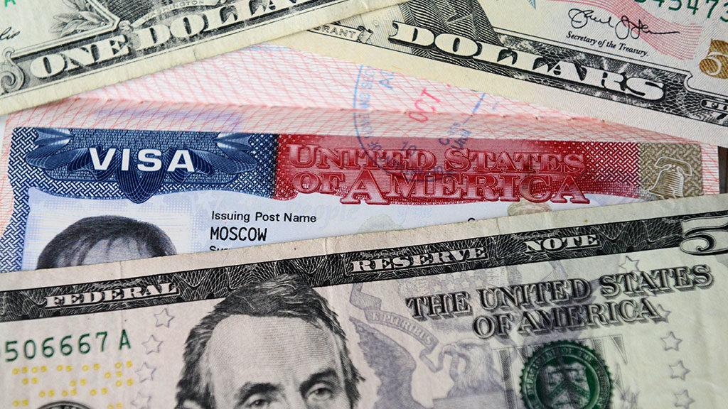 Где можно быстро сделать американскую визу?