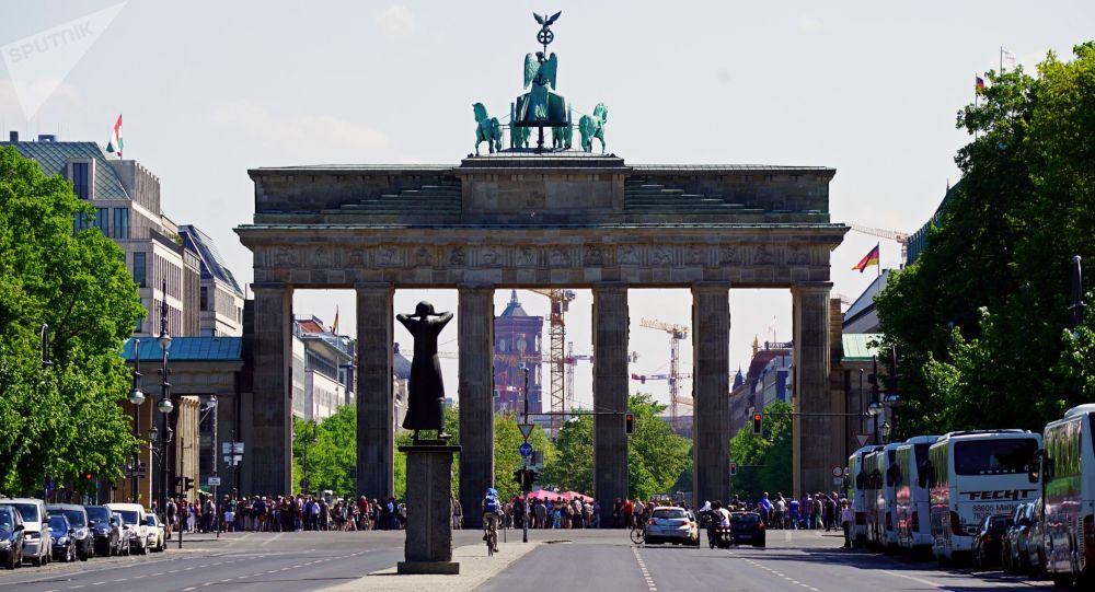 В Германии хотят отменить визы для российской молодежи