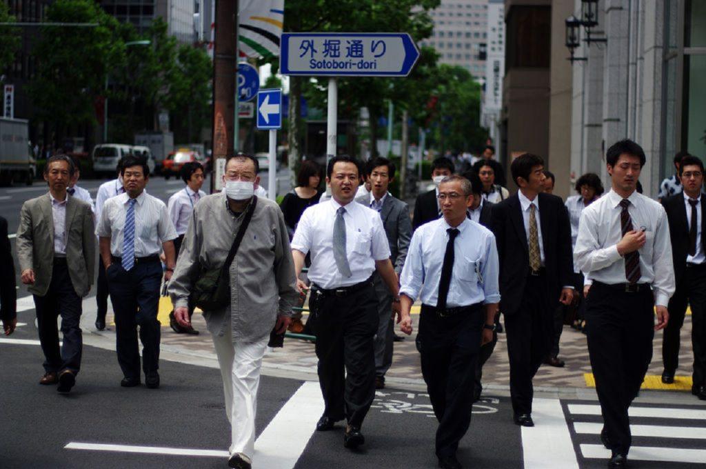 Японцы хотят привлечь в страну более 300 тысяч трудовых мигрантов