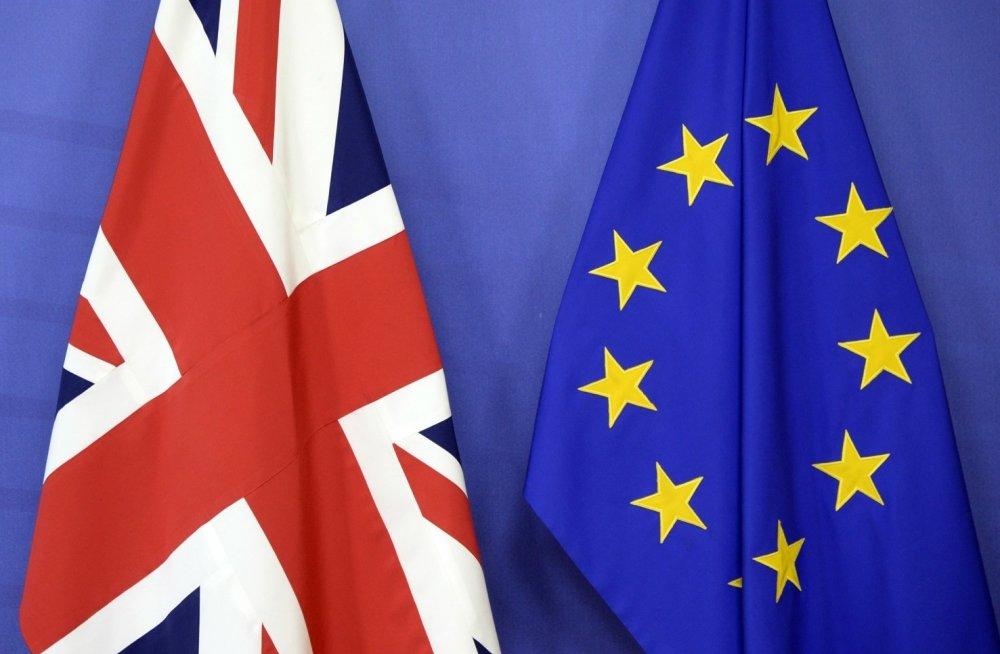 Великобритания планирует отменить визовые ограничения для высококвалифицированных иммигрантов