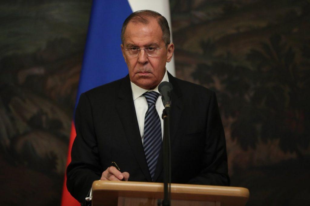 Глава МИД РФ объяснил позицию по облегчению получения гражданства для украинцев