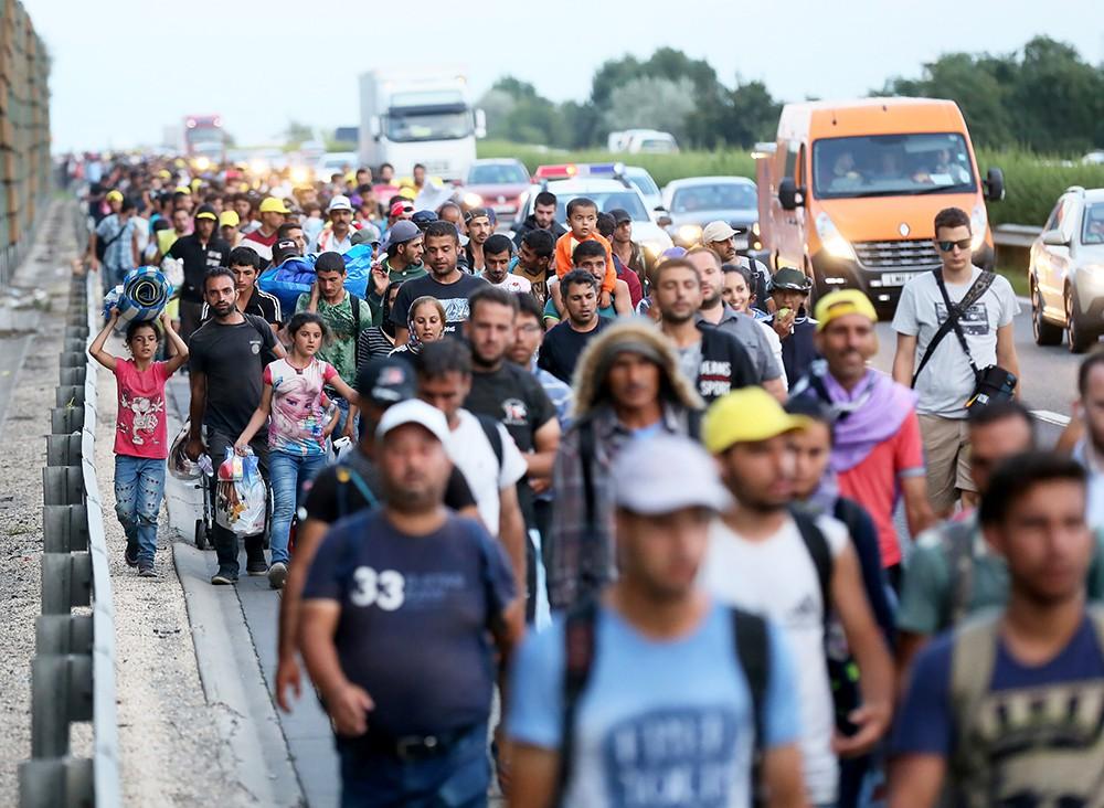Основная проблема в следующем году, с которой придется справиться странам, членам Евросоюза это нескончаемый поток беженцев