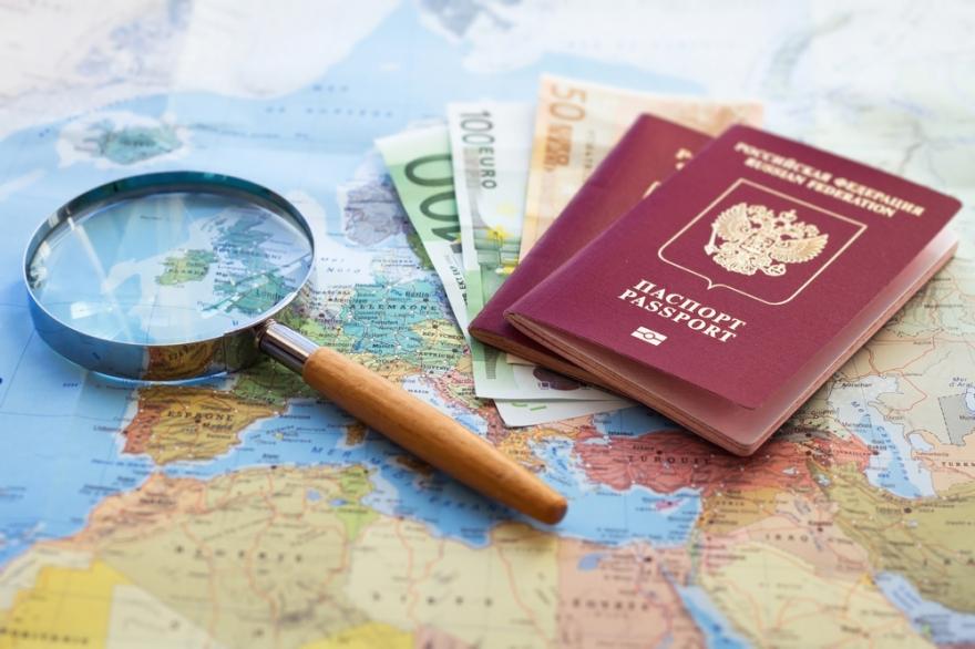 Европейский парламент склоняется к тому, что диалог с РФ по поводу визовых документов должен быть возобновлен