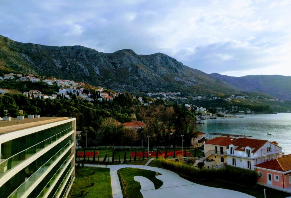 Безвизовое пребывание российских туристов: Черногория увеличивает срок, Албания вводит на полгода безвизовый режим