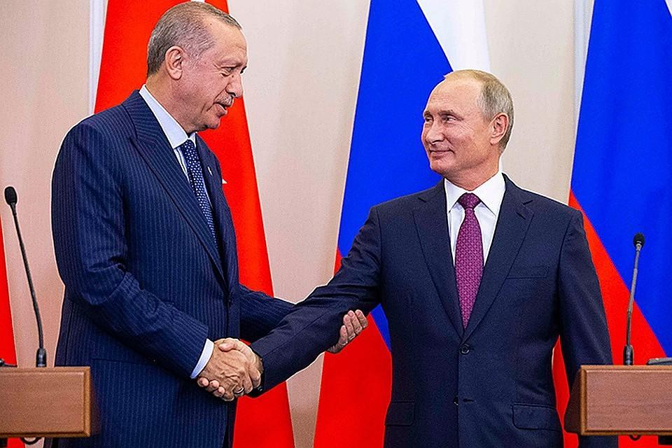Российско-турецкие переговоры: разрешить водителям большегрузов ездить без визы