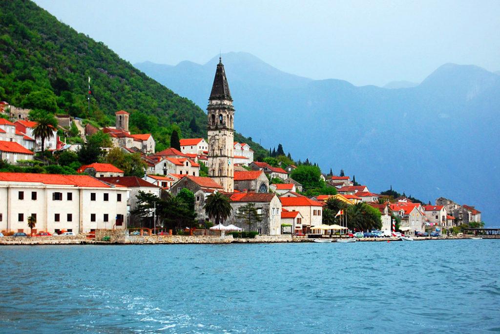Планы Беларуси по изменению визового режима с Сент-Китс и Невис и упрощение поездок в Черногорию