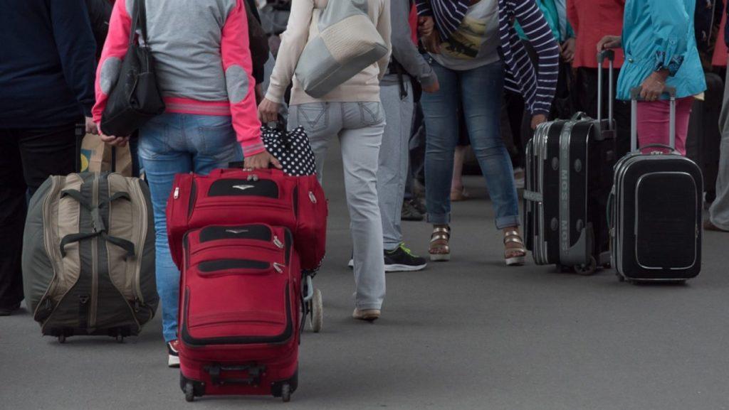МВД: названо число граждан Украины получивших статус беженцев в России
