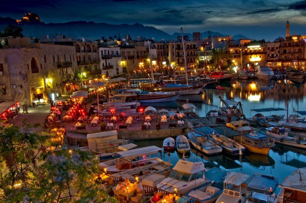 Плюсы и минусы: предложения Кипра пенсионерам-иностранцам
