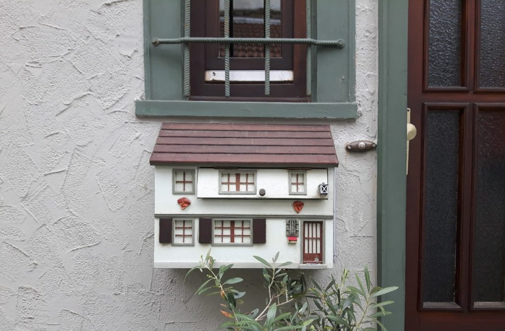 Что ждет иммигрантов в странах, популярных для покупки недвижимости?