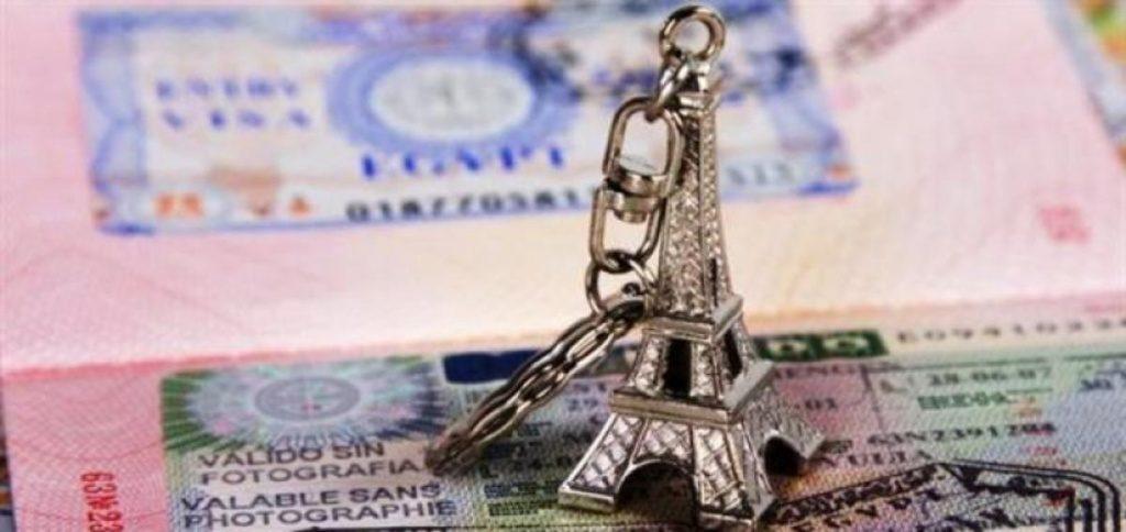 Визовые проблемы c Францией для российских граждан продолжаются