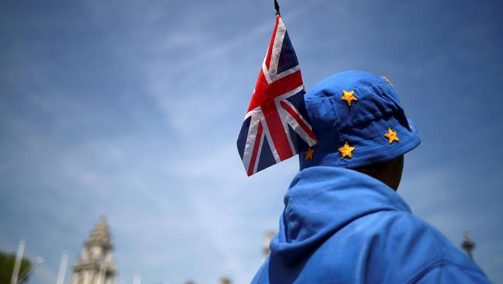 Накануне Brexit: обеспокоенные англичане ищут способы получить гражданство в Европе