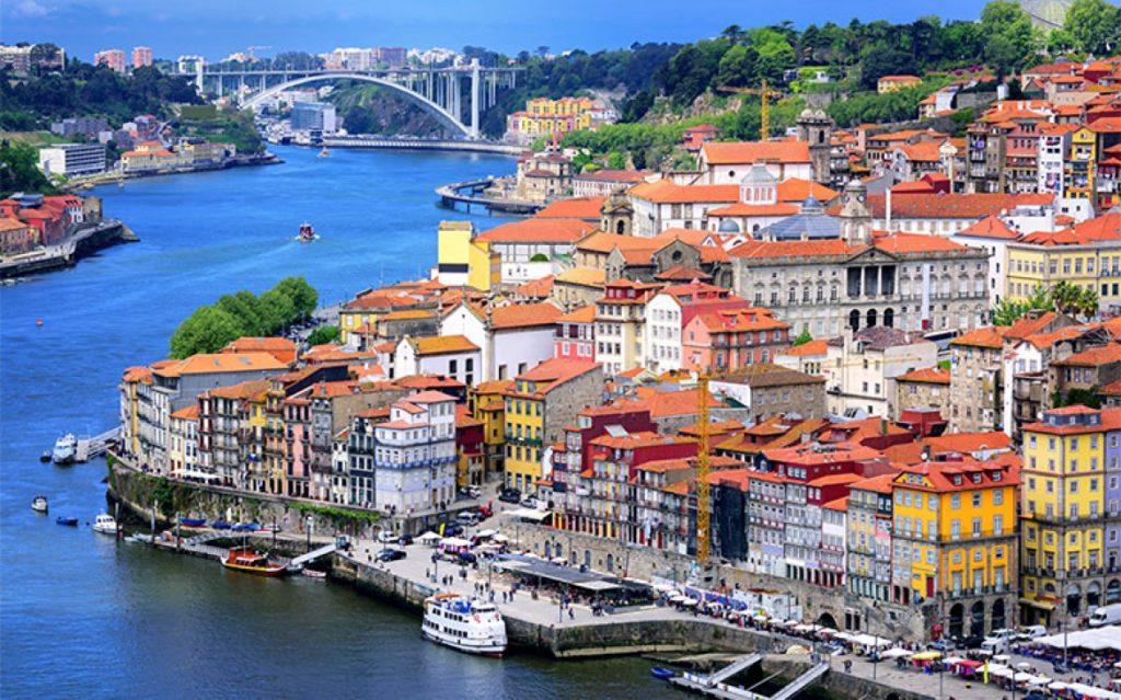 Португалия: 17 доводов доказывающих, что кризисный период давно миновал