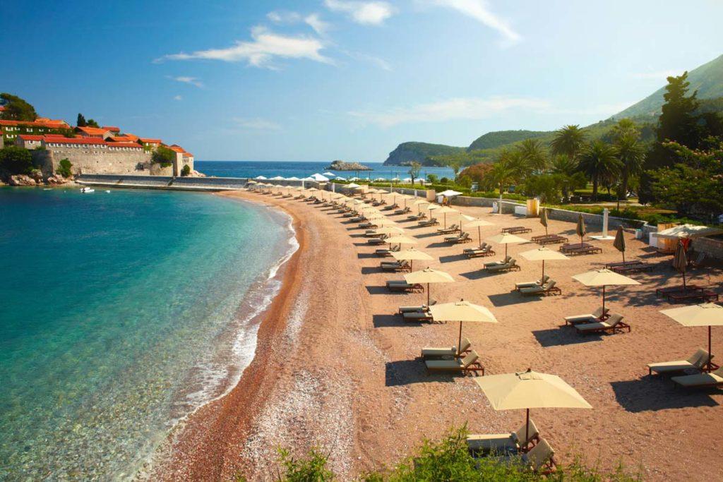 Черногория: гостиницы забронированы до конца сезона