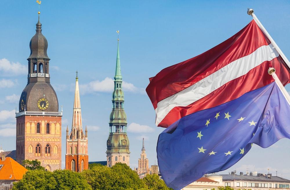 В Латвии смена лидеров-получателей «золотые визы»