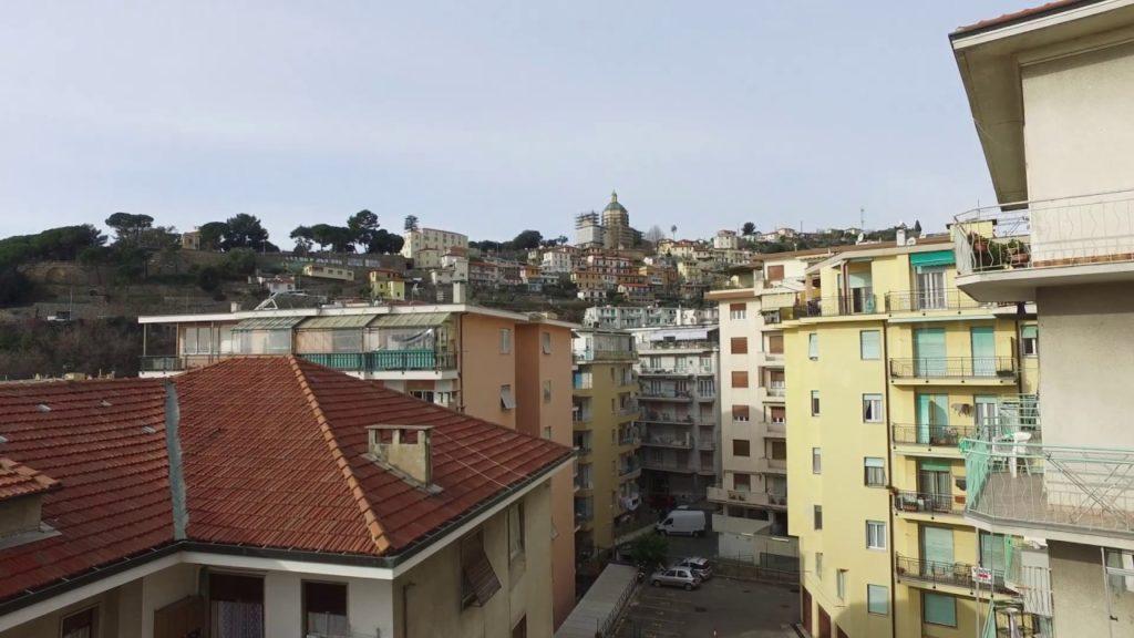 Итальянский Сан-Ремо: покупка дома у моря за 100 тысяч евро
