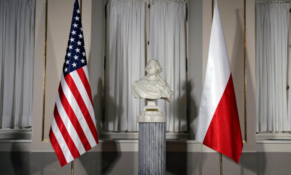 Польша в шаговой доступности от безвиза с Америкой