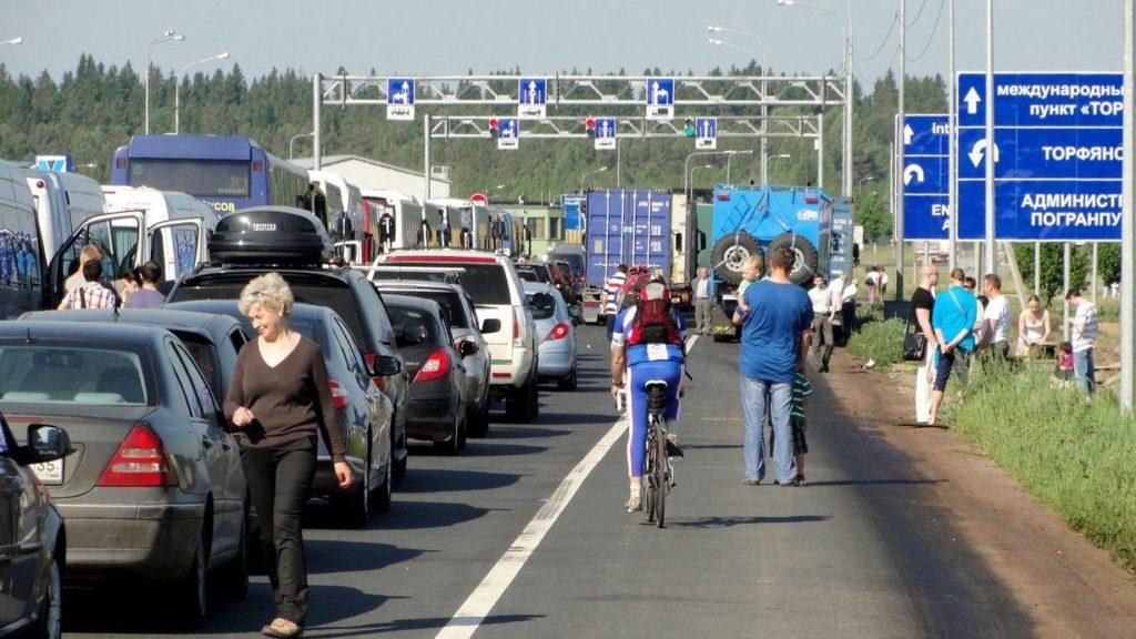Возникновение очередей на границе между Россией и Финляндией